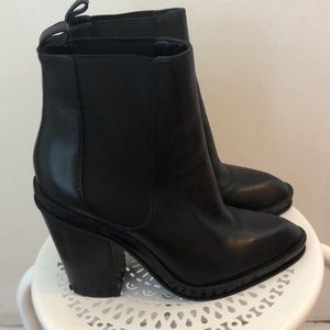 Also Black Heeled Ankle Booties